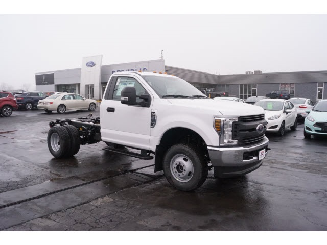 2018 F-350 Regular Cab DRW 4x4,  Cab Chassis #JEB09630 - photo 7