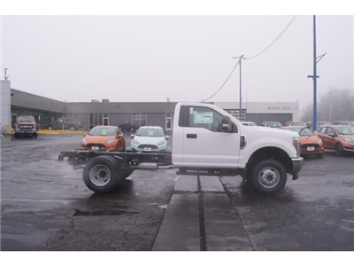 2018 F-350 Regular Cab DRW 4x4,  Cab Chassis #JEB09630 - photo 6