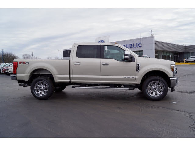 2018 F-350 Crew Cab 4x4, Pickup #JEB29008 - photo 20