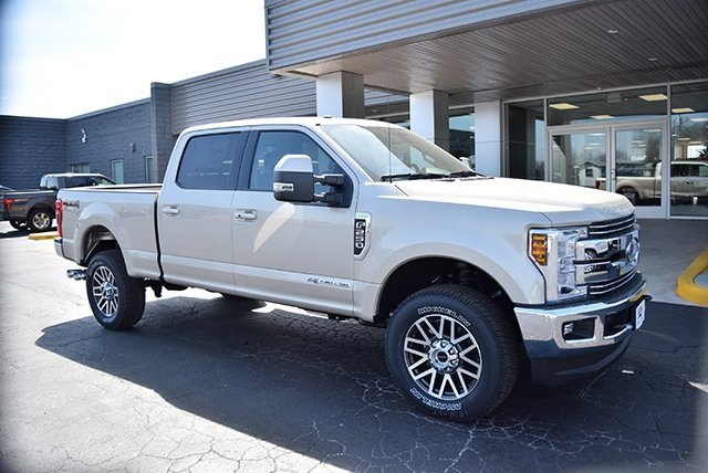 2018 F-250 Crew Cab 4x4, Pickup #JEB65341 - photo 3