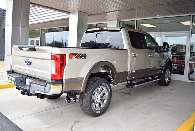2018 F-350 Crew Cab 4x4, Pickup #JEB89355 - photo 9
