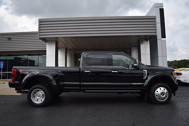 2018 F-450 Crew Cab DRW 4x4,  Pickup #JED00601 - photo 3
