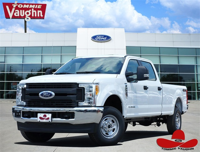 2017 F-250 Crew Cab 4x4, Pickup #HEF51600 - photo 1