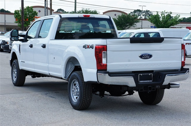 2017 F-250 Crew Cab 4x4, Pickup #HEF51600 - photo 2