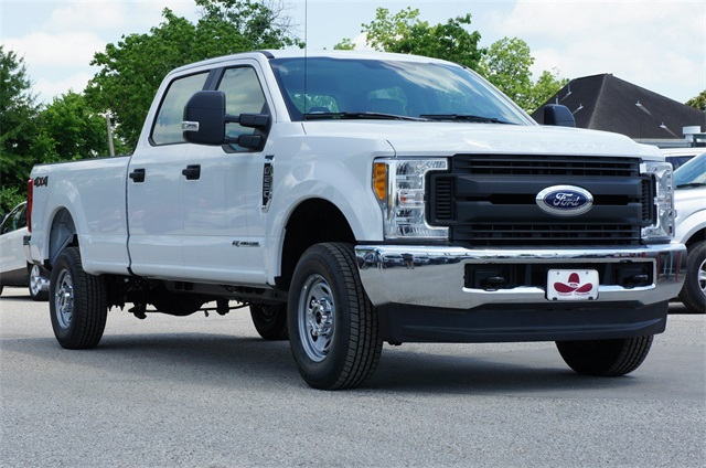 2017 F-250 Crew Cab 4x4, Pickup #HEF51600 - photo 4