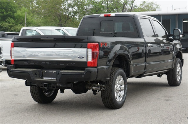 2018 F-250 Crew Cab 4x4,  Pickup #JEB28135 - photo 3
