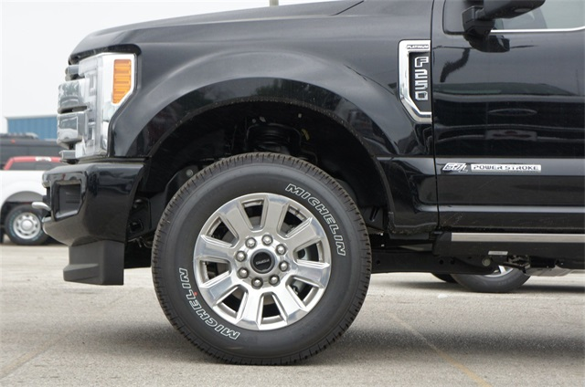2018 F-250 Crew Cab 4x4,  Pickup #JEB28135 - photo 5