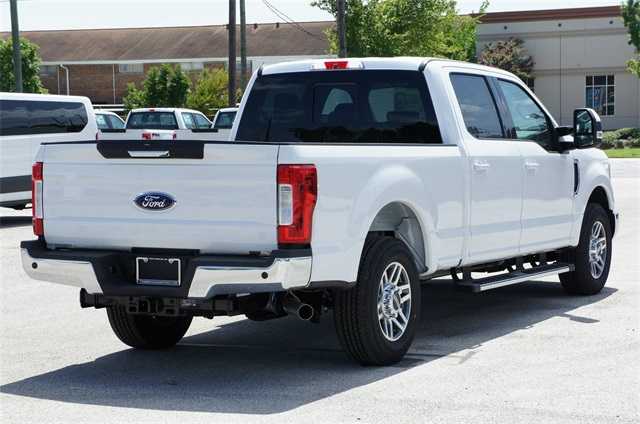 2018 F-250 Crew Cab 4x2,  Pickup #JED04960 - photo 3