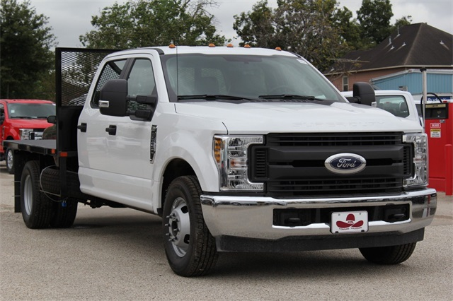 2019 F-350 Crew Cab DRW 4x2,  General Platform Body #KEC16317 - photo 4