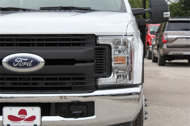 2019 F-350 Crew Cab DRW 4x2,  General Platform Body #KEC16317 - photo 6