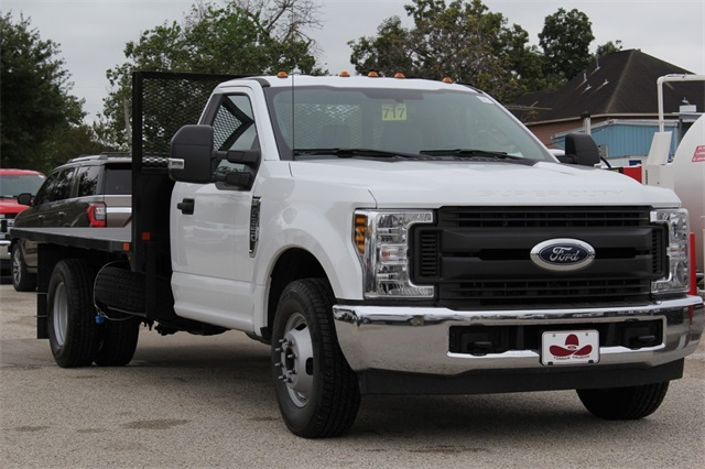 2019 F-350 Regular Cab DRW 4x2,  General Platform Body #KEC25647 - photo 4