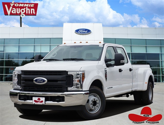 2019 F-350 Crew Cab DRW 4x2,  Pickup #KEC50232 - photo 1