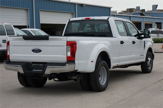 2019 F-350 Crew Cab DRW 4x2,  Pickup #KEC50232 - photo 3
