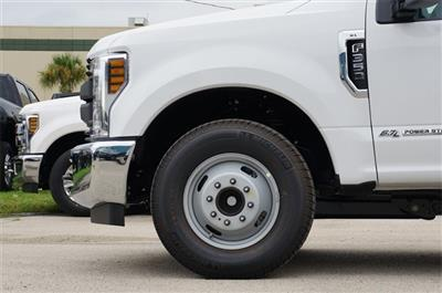 2019 F-350 Crew Cab DRW 4x2,  Pickup #KEC50232 - photo 5