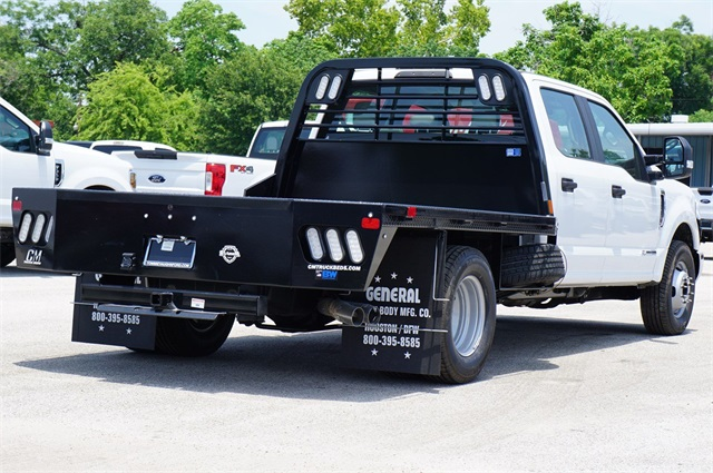 2019 F-350 Crew Cab DRW 4x2,  CM Truck Beds RD Model Platform Body #KED72548 - photo 3