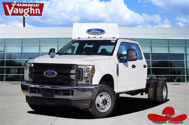 2019 Ford F-350 Crew Cab DRW 4x4, Cab Chassis #KEG54783 - photo 1