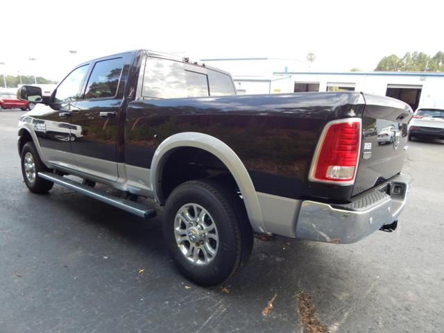 2018 Ram 2500 Crew Cab 4x4, Pickup #107221 - photo 2