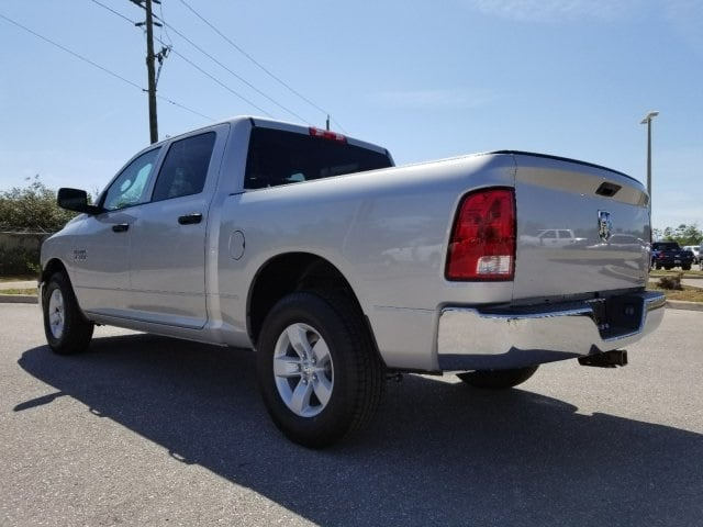 2018 Ram 1500 Crew Cab 4x2,  Pickup #G246563 - photo 5
