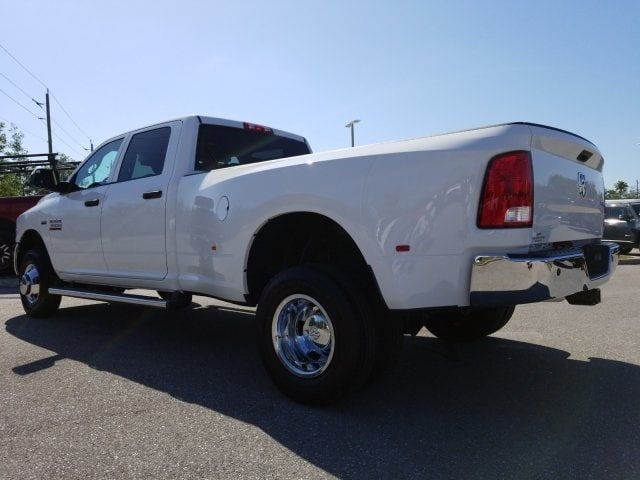2018 Ram 3500 Crew Cab DRW 4x4,  Pickup #G267178 - photo 6
