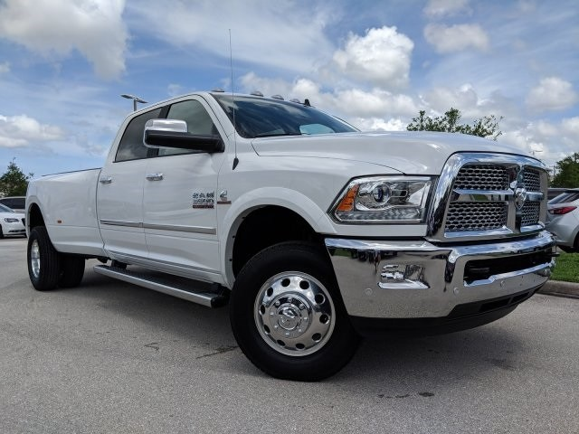 2018 Ram 3500 Crew Cab DRW 4x4,  Pickup #G331302 - photo 3