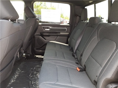 2019 Ram 1500 Crew Cab 4x2,  Pickup #N526530 - photo 16