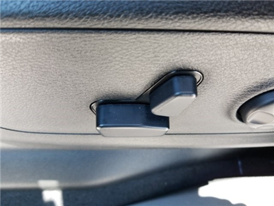2019 Ram 1500 Crew Cab 4x2,  Pickup #N526530 - photo 17
