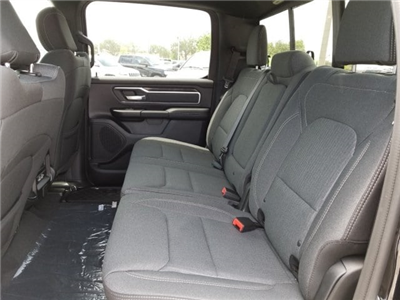 2019 Ram 1500 Crew Cab 4x2,  Pickup #N558650 - photo 16