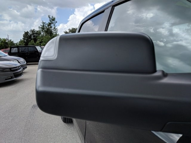 2019 Ram 1500 Crew Cab 4x2,  Pickup #N603980 - photo 10