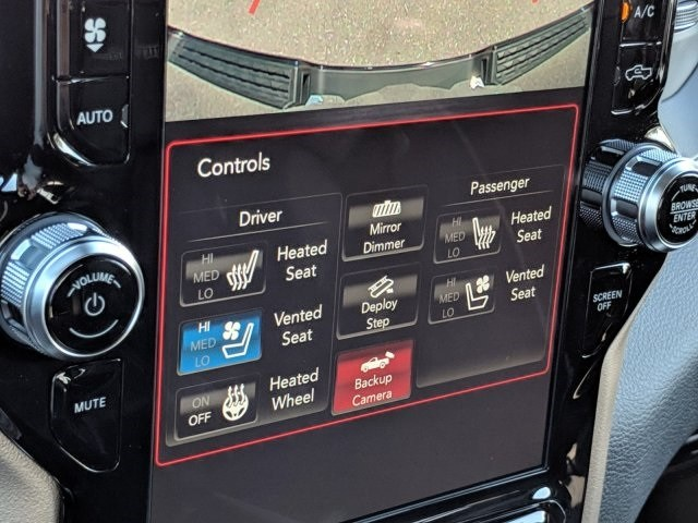 2019 Ram 1500 Crew Cab 4x2,  Pickup #N616026 - photo 25
