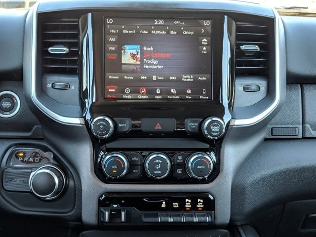2019 Ram 1500 Crew Cab 4x2,  Pickup #N628565 - photo 16