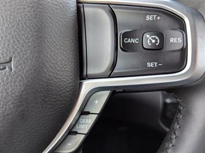 2019 Ram 1500 Crew Cab 4x2,  Pickup #N628568 - photo 20