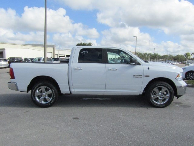 2018 Ram 1500 Crew Cab, Pickup #S105948 - photo 3