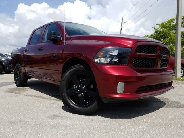 2018 Ram 1500 Crew Cab 4x2,  Pickup #S299764 - photo 3