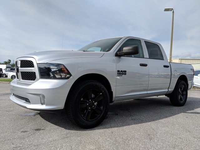 2019 Ram 1500 Crew Cab 4x2,  Pickup #S514797 - photo 7