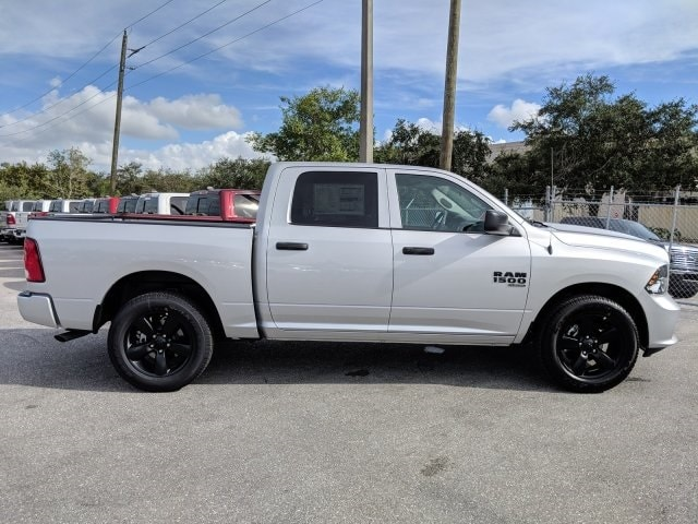 2019 Ram 1500 Crew Cab 4x2,  Pickup #S514797 - photo 4