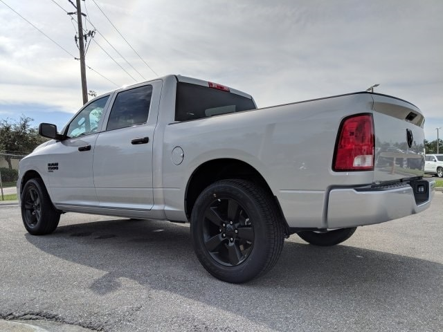 2019 Ram 1500 Crew Cab 4x2,  Pickup #S514797 - photo 6