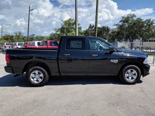 2019 Ram 1500 Crew Cab 4x2,  Pickup #S520919 - photo 4