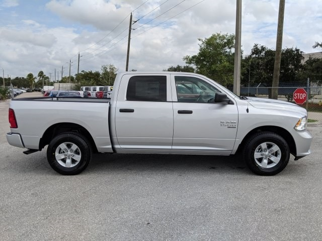 2019 Ram 1500 Crew Cab 4x2,  Pickup #S528270 - photo 4