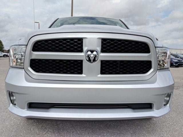 2019 Ram 1500 Crew Cab 4x2,  Pickup #S528270 - photo 8