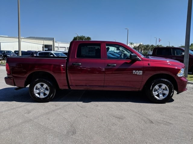 2019 Ram 1500 Crew Cab 4x2,  Pickup #S528271 - photo 4