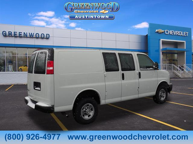 2018 Express 2500, Cargo Van #J36095 - photo 2