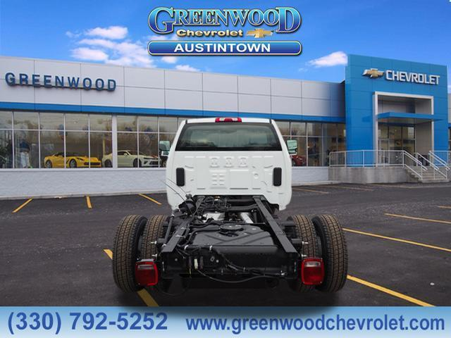 2019 Silverado 3500 Regular Cab DRW 4x4,  Cab Chassis #K55697 - photo 3