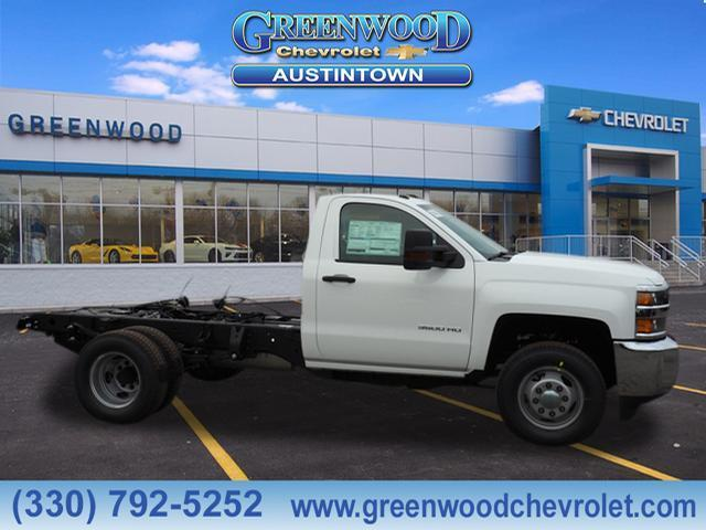 2019 Silverado 3500 Regular Cab DRW 4x4,  Cab Chassis #K55698 - photo 3