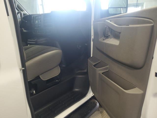 2019 GMC Savana 2500 4x2, Empty Cargo Van #P10324 - photo 14