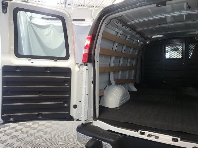 2019 GMC Savana 2500 4x2, Empty Cargo Van #P10324 - photo 26