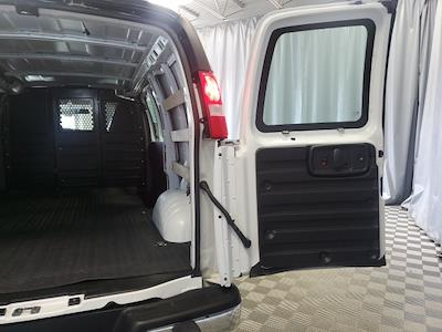 2019 GMC Savana 2500 4x2, Empty Cargo Van #P10324 - photo 27