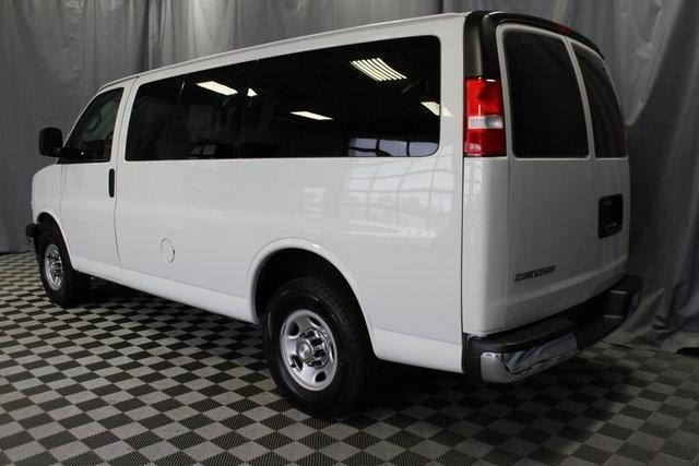 2019 Chevrolet Express 2500 4x2, Passenger Wagon #P9771 - photo 1