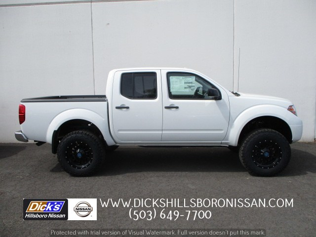 2018 Frontier Crew Cab 4x4,  Pickup #8N0053 - photo 1