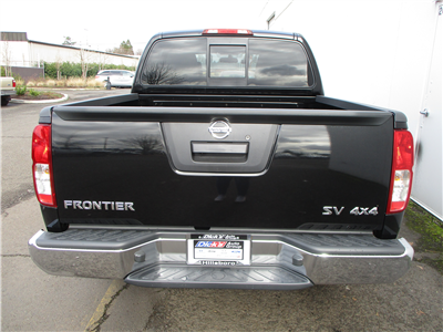 2018 Frontier Crew Cab,  Pickup #8N0082 - photo 2