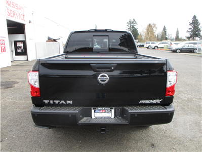 2018 Titan Crew Cab, Pickup #8N0094 - photo 2